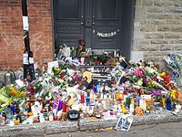Memorial in front of Cohen's residence in Montreal on November 12, 2016