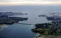 Tidal power: the 1 km Rance Tidal Power Station in Brittany generates 0.5 GW.