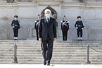 Mattarella at the Victor Emmanuel II Monument during the Liberation Day in April 2020, wearing a protective mask