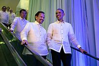 Brunei's Sultan and Foreign Minister Hassanal Bolkiah meets with U.S. President Barack Obama, 18 November 2015