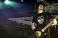 Grohl performing in 2005