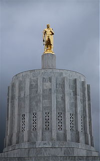 Golden Pioneer atop the Oregon State Capitol