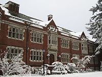 Eliot Hall at Reed College