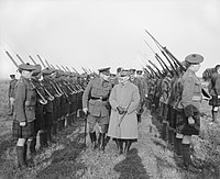 Douglas Haig and Ferdinand Foch inspecting the Gordon Highlanders, 1918