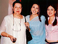 Pictured with mother Babita (left) and sister Karisma. In an interview with journalist Vir Sanghvi, Kapoor stated that growing up with the two of them helped her become strong and independent.