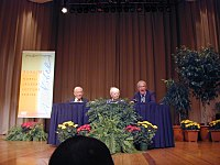Institute Professors Emeriti and Nobel Laureates (from left to right) Franco Modigliani (deceased), Paul Samuelson (also deceased), and Robert Solow (picture taken in 2000)