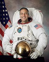 Astronaut and engineer Mike Massimino, PhD 1992 (MIT Department of Mechanical Engineering)
