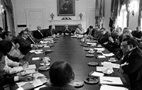 Ford meeting with his Cabinet, 1975