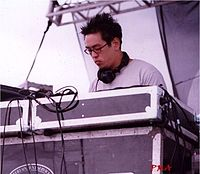 Joe Hahn performing with Linkin Park at Rock am Ring in 2001