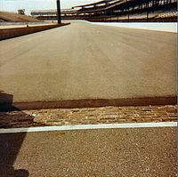 Starting line, featuring the Yard of Bricks