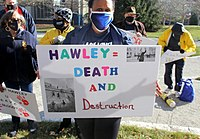 AFGE members protest against Hawley on January 12
