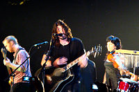 Foo Fighters performing an acoustic show in 2007