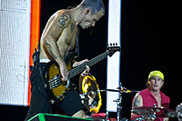 Flea and Smith at Rock in Rio Madrid 2012