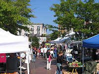 Mount Pleasant Farmer's Market, a weekly event held on Saturday (May–December)