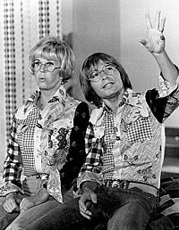 Day with John Denver on the TV special Doris Day Today (CBS, February 19, 1975)