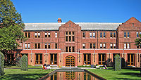 The Munk School of Global Affairs encompasses programs and research institutes for international relations.