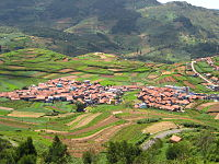Indian agriculture is diverse, ranging from impoverished farm villages to developed farms using modern agricultural technologies. This image shows a farming community in a more prosperous part of India.