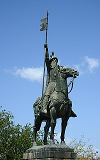 A statue of Count Vímara Peres, first Count of Portugal