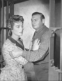 Nan Grey and Frankie Laine in a scene from Rawhide, 1960