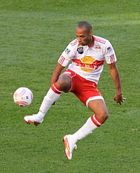 Henry playing for the New York Red Bulls in 2011.