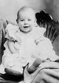 Hemingway was the second child and first son born to Clarence and Grace