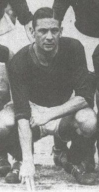 Alejandro Scopelli, the first foreigner to win a trophy with Valencia, the 1962 Fairs Cup.