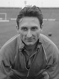 Faas Wilkes, the first foreigner ever to play for Valencia.