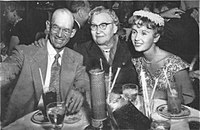 Reynolds (right) with her grandmother O. Harman (center) and father Ray Reynolds in 1955
