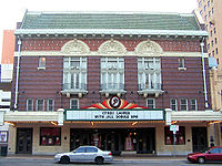 In 1999, Waits performed at the Paramount Theater in Austin, Texas
