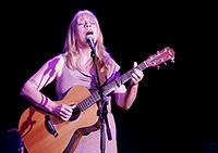 In 1977, Waits began a relationship with singer-songwriter Rickie Lee Jones (pictured here in 2008); his style influenced her own