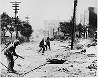 US Marines engaged in street fighting during the liberation of Seoul, September 1950