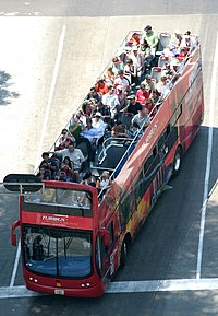 The Turibus runs through many of the most important tourist attractions in the city.