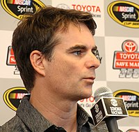 Jeff Gordon scored the 75th pole position of his career, setting a new track record.