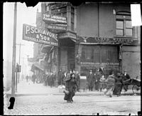 Little Italy in Chicago, 1909.